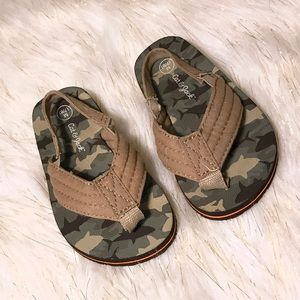 Boys Brown Camo Sandals w/ Ankle Strap